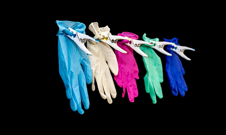Wat zijn de verschillen tussen gewone en wegwerphandschoenen?