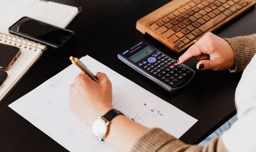 De voordelen van het inhuren van een accountant met boekhoudkundige vaardigheden
